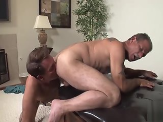 daddy serviced raw