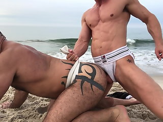 suck f-ck session beach