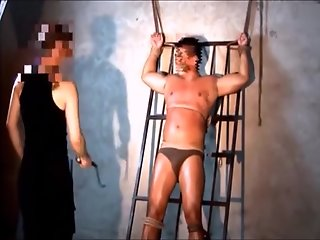 asian builder captured tortured